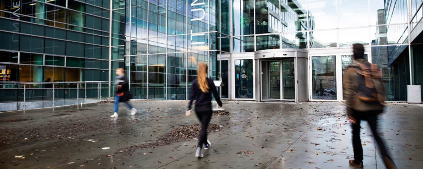 Mismatch in the Danish labor market for IT graduates in 2030
