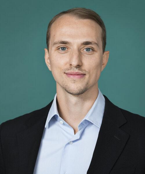 BENJAMIN CHOLEVA